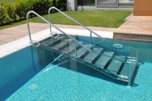 Лестница наклонная для людей с ограниченными возможностями
