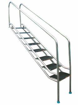 Лестница наклонная для людей с граниченными возможностями